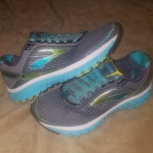 Brooks Ghost 9 Wmns Sneakers